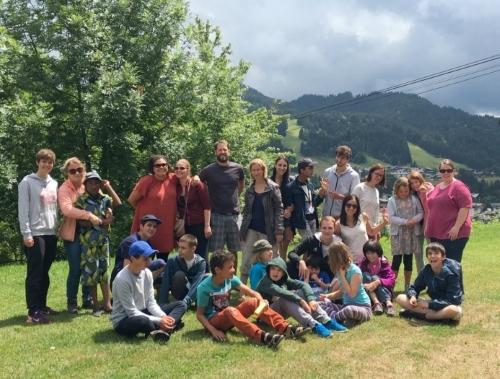 Les jeunes du centre OVA de Monnetier en camp dans la station des Gets en juillet 2018