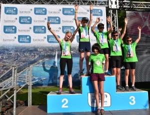 Les Coureurs du Bonheur juniors sur le podium au Marathon de Genève 2018